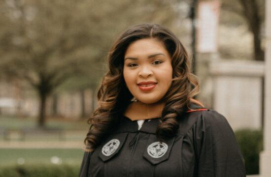 University of Alabama Graduation Portraits Tuscaloosa