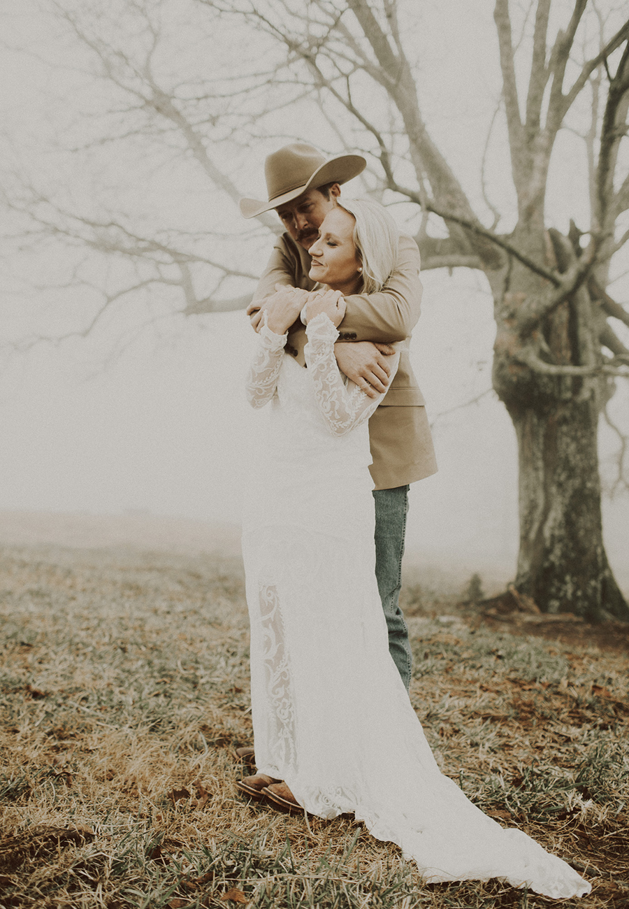 Oxford, Mississippi Wedding Photography + Elopement Photography