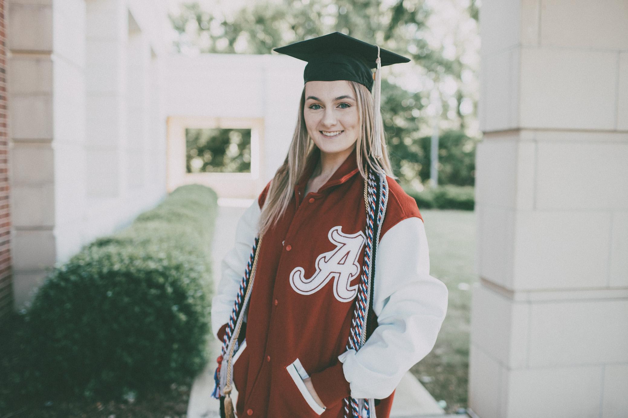 Alabama Graduation Portraits | Jenna
