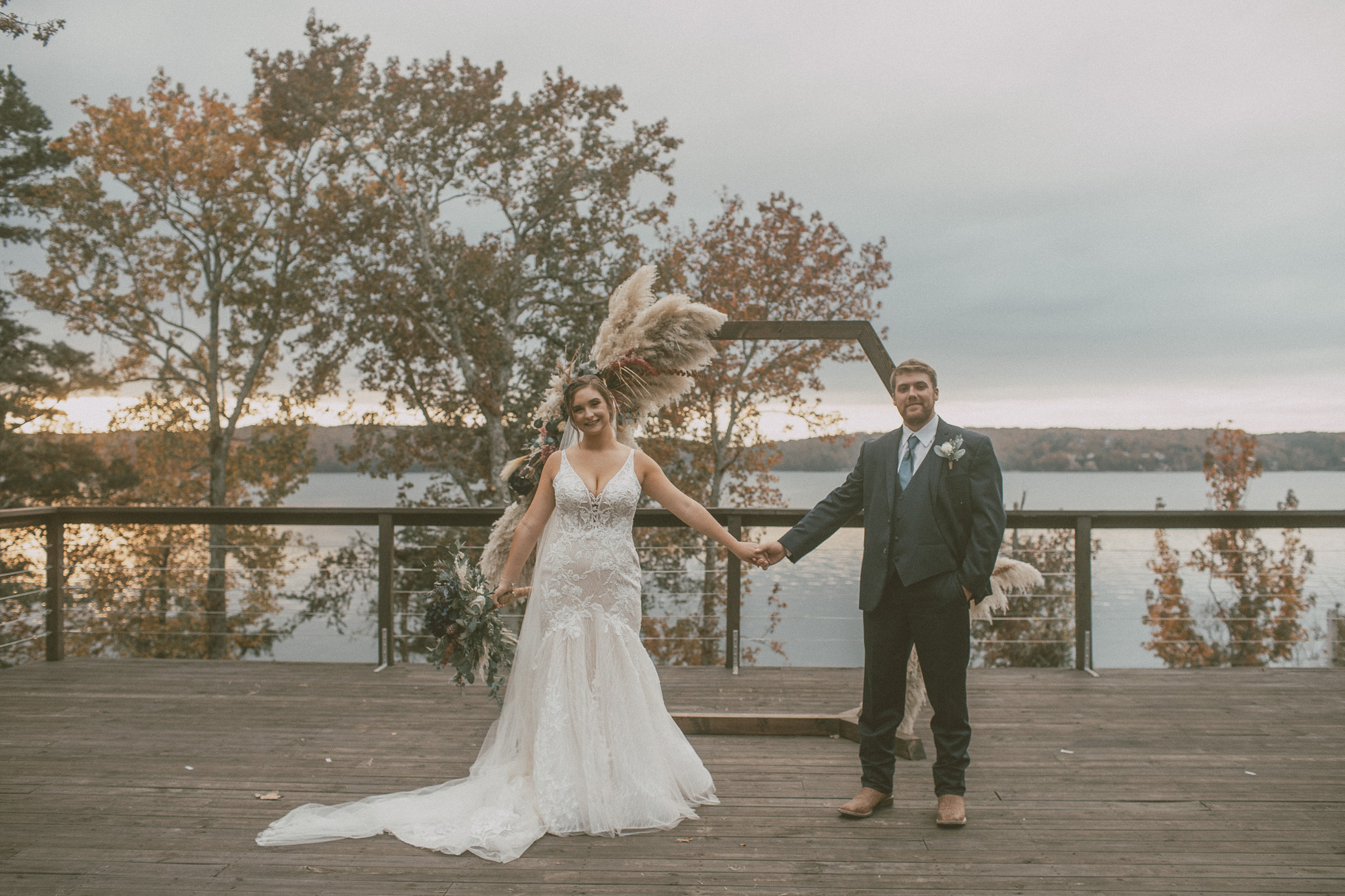 Alabama Wedding Photography at The Riverton