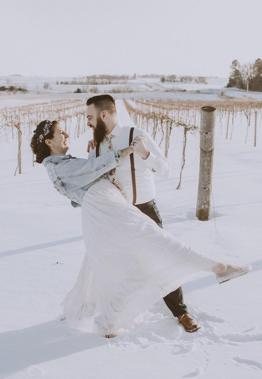 Rochester Minnesota Wedding Photography + Elopement Photography