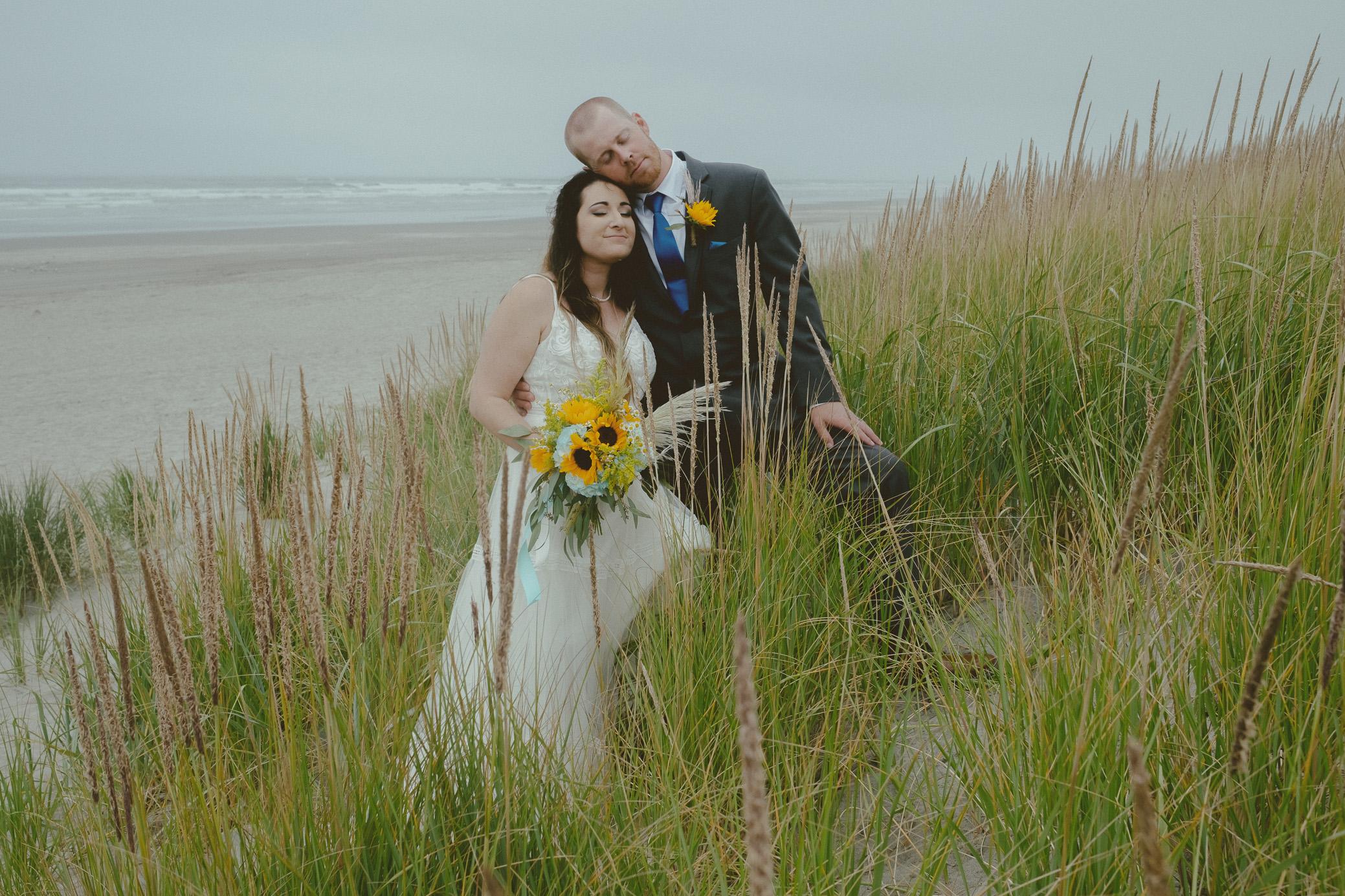 Astoria Oregon Cannon Beach Sunset Beach Wedding Elopement Photography