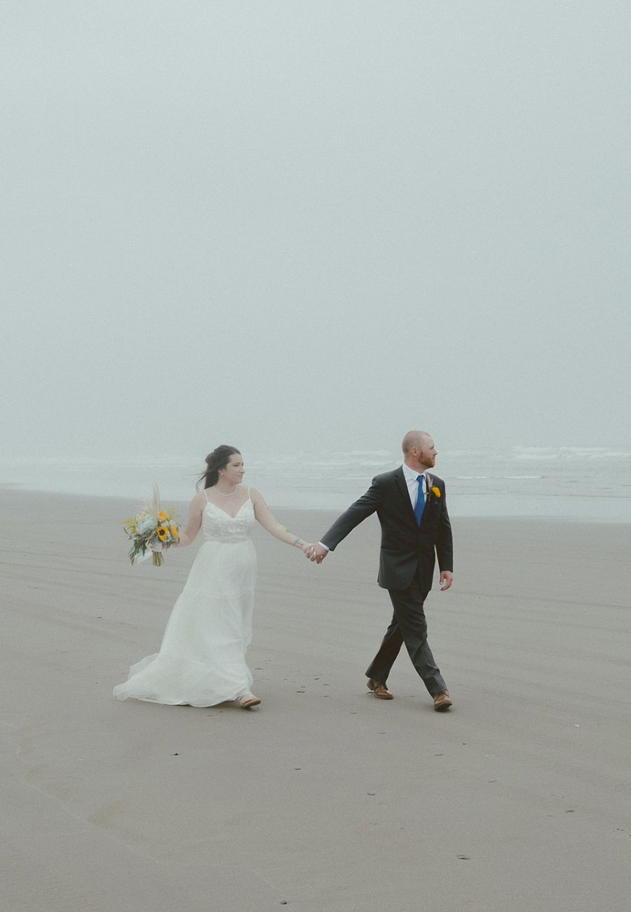 Coos Bay Oregon Wedding Photography + Elopement Photography